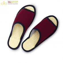 Cinnamon Sedge Slipper P002